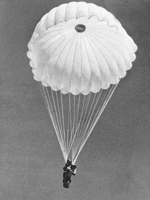 No. 200 Flight RAAF - Roland Griffiths-Marsh, a member of Z Special Unit conducting parachute training at Leyburn