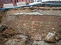 Zwischenpump Lbg Bassin Aussenmauer 2007-03-08 ama fec.JPG