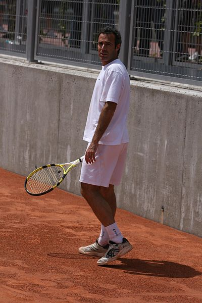 File:Àlex Corretja at the 2009 Mutua Madrileña Madrid Open 01.jpg