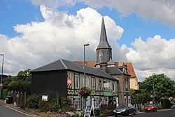 Église Coquainvilliers et maison augeronne.jpg