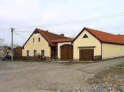 Česká Bříza, old farm.jpg