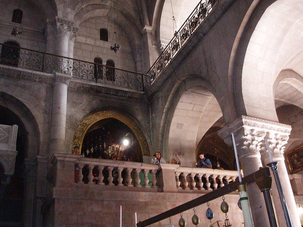 Вид на Голгофу знизу в Храмі Гроба Господнього