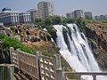 Водоспад у Центрі м Анталія Туреччина.JPG