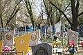 Кладбище села Солдатское на Пасху 2014 13.JPG