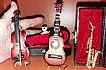 Кућица за лутке, музички инструменти.jpg
