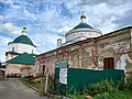 Лежнево, Казанская и Христорождественская церкви.jpg