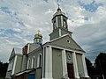 Парадний вхід Михайлівської церкви.jpg