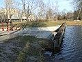 Шпунтовая плотина на заводском канале 2004 год.JPG