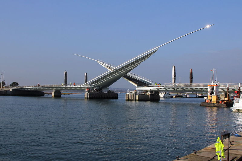 File:023 The Twin Sails Bridge, Poole Harbour, Dorset.jpg