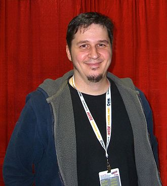 Ed McGuinness - McGuinness at the 2012 New York Comic Con