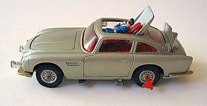 English: 1964 Aston Martin DB5, produced by Co...