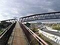 2011-01-02 Rampa de subida a la pasarela peatonal sobre la A6 - panoramio.jpg