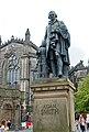2017-08-26 09-09 Schottland 060 Edinburgh, The Royal Mile, Adam Smith Memorial (23766485728).jpg