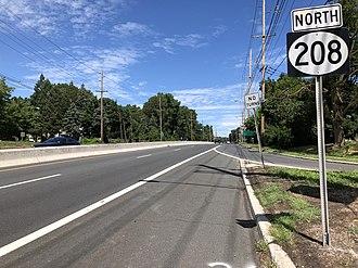 Hawthorne, New Jersey - Route 208 northbound in Hawthorne