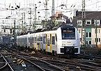 460 017-7 (Siemens Desiro Mainline) Köln Hauptbahnhof 2015-12-17-01.JPG