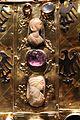 Aachen, busto-reliquiario di carlo magno, con corona di fattura forse praghese, post 1349, 14 profili di donne.jpg