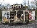 Abandoned kiosk in Vilnius.jpg
