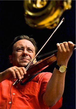 Jazz violin -  jazz violinist Adam Taubitz