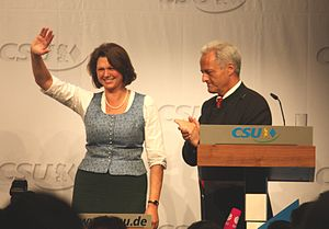 English: Federal ministers Ilse Aigner and Pet...