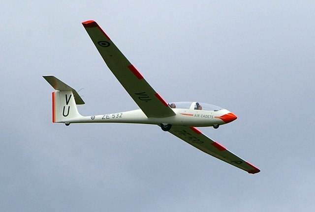 Air Cadet Sailplane - geograph.org.uk - 221200.jpg