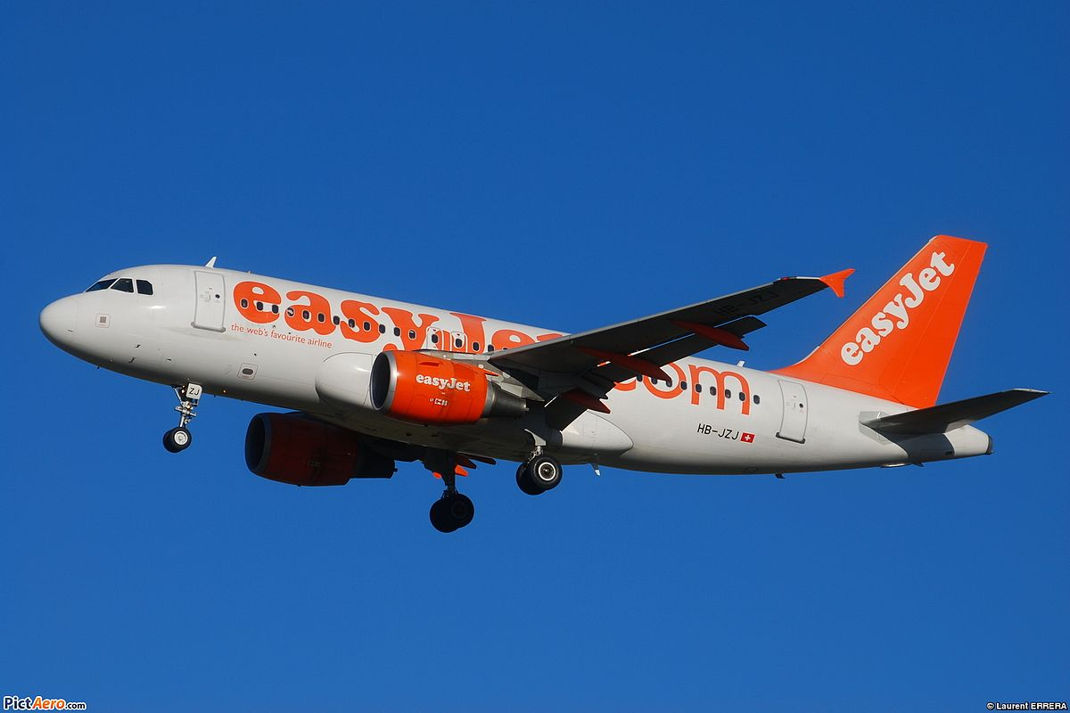 easyjet - photo #23