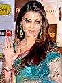 Aishwarya rai88 (Close-up).jpg