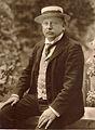 Alfred Beit 1905.jpg