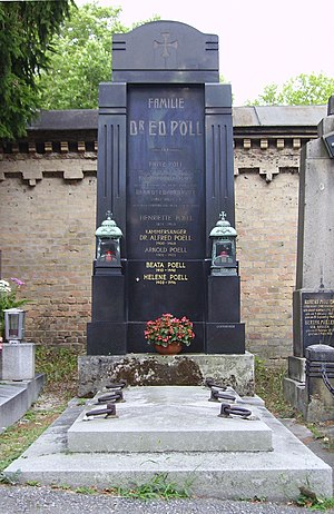 Alfred Poell - The Poell family's grave site, Vienna