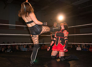 Sienna (wrestler) - Kay performing a big boot on Courtney Rush
