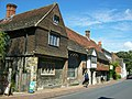 Anne of Cleves House, Southover 01.jpg