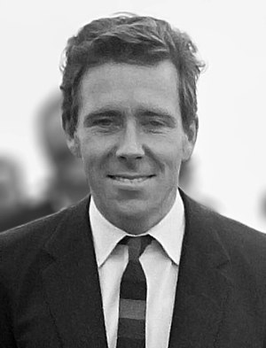 Antony Armstrong-Jones, 1st Earl of Snowdon - Image: Antony Armstrong Jones 1965 (cropped)