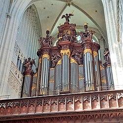 Antwerpen, Kathedrale Onze Lieve Vrouwe (Schyven-Orgel) (4).jpg
