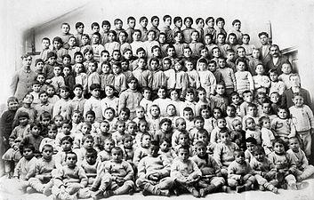 Armenian Orphans, Merzifon, 1918.jpg