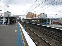 Auburn railway station platforms.jpg