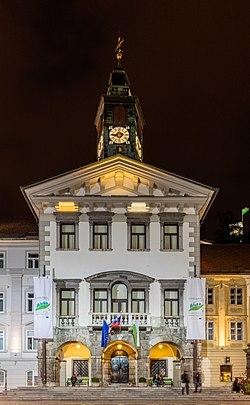 Ayuntamiento, Liubliana, Eslovenia, 2017-04-14, DD 41-43 HDR.jpg