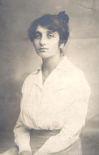 Dora Gabe - Photo of young Dora Gabe