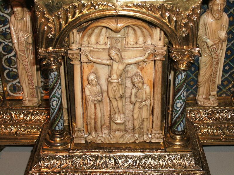 File:BLW Romanesque Tabernacle - detail (2).jpg