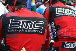 BMC Racing Team mars 2010.JPG