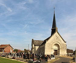 Bailly (Oise), the church Saint-Joseph and the churchyard.JPG