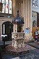 Bath Abbey (16748896763).jpg