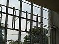 Bauhaus-Dessau Fensterfront.JPG
