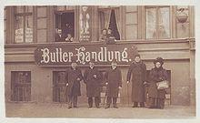 Berlin Weißenburger Str. Pelz Kuhn + Butterhandlung.jpg