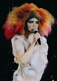 Bjork Bjork performing at Cirque en Chantier 1 edit.jpg
