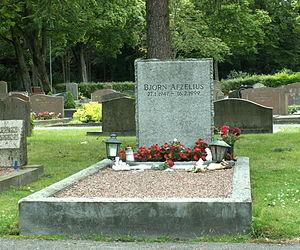 Björn Afzelius - Björn Afzelius grave at Västra kyrkogården in Gothenburg.