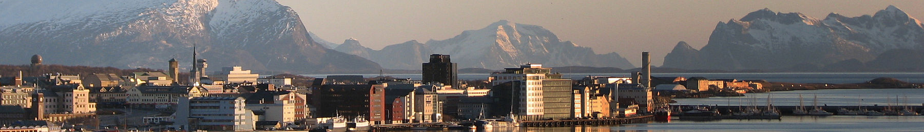 Bodo banner Panorama city with mountains.jpg