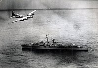 Brazilian Boeing B-17 flies over the French destroyer Tartu (D636) during the 1963 Lobster War.jpg