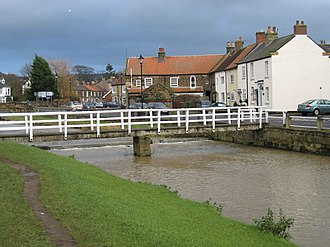 River Leven, North Yorkshire - Image: Bridge over the Leven at Great Ayton geograph.org.uk 1639516