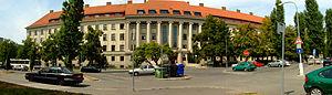 Brno-Černá Pole - panorama Mendelovy lesnické a zemědělské univerzity.jpg