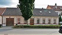 Brno-Jundrov, Veslařská 70 (7165).jpg