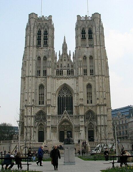 463px-Brussel_St._Michael_and_Gudula_Cathedral_-_Kathedraal_van_Sint-Michiel_en_Sint-Goedele.jpg